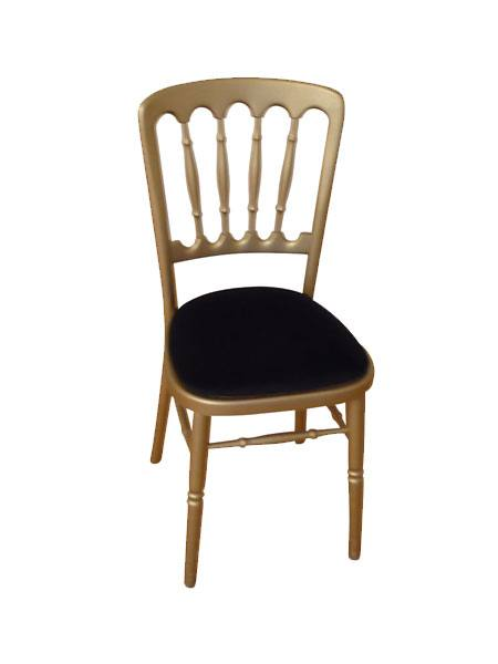 Sophisticaed Cheltenham chairs in a variety of colours